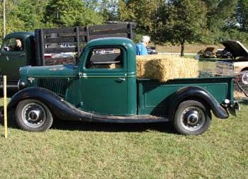 Jim 39 s photos of classic trucks for Wrights motors north danville il
